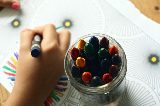 Teaching Your Child To Identify Colours